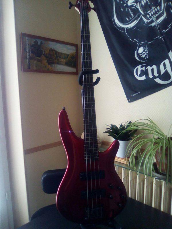 Ibanez basse SR300 rock metal market music records
